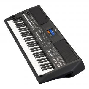 Yamaha PSRSX600