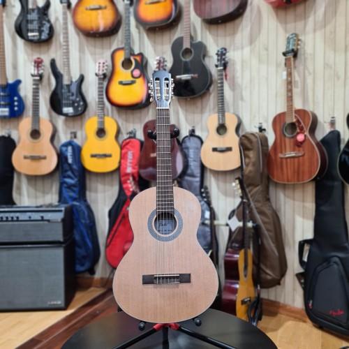 Flight C100NA 3/4 Classical Guitar